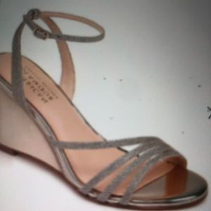 American Glamour Badgley Mischka Wedges Size 71/2.